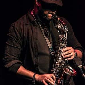 Ronjaemusic & High Altotude saxophone soloist