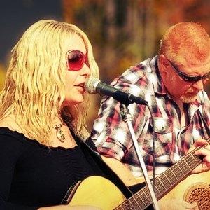 Melissa May & Brian Coonan Acoustic