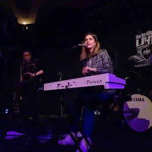 Emily White (UK)