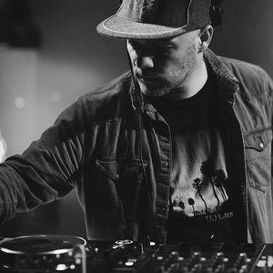 DJ MOAR