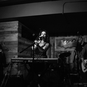 Magen Tracy & the Missed Connections