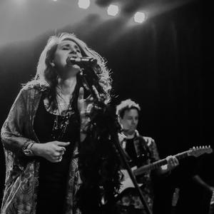 Amanda Broadway Band
