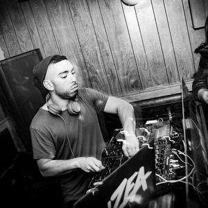 DJ ZEA