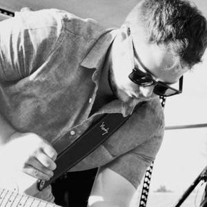 Levi Pelzer Music