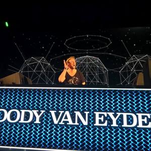Woody van Eyden