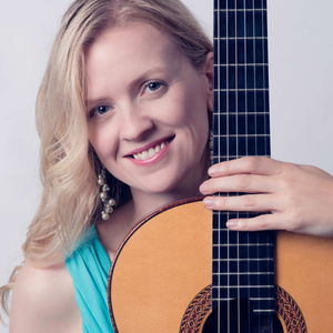 Candice Mowbray Classical Guitarist
