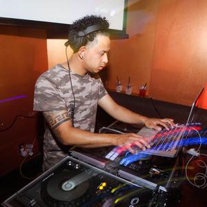 DJ WILLIE