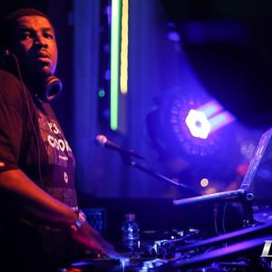 DJ Bozak