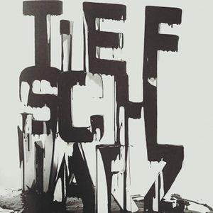 Tiefschwarz (Official)