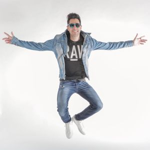 DJ 2Hot