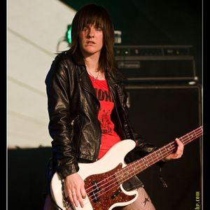 Victoria Smith Bassist