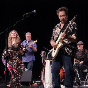 Forever Mac: A Celebration of Fleetwood Mac