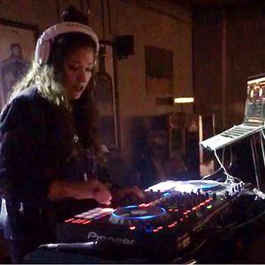 DJ Cyn