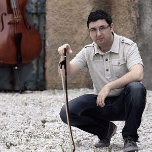 Simón García Bassist & composer