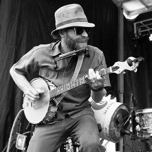 Aaron Davis & The Mystery Machine